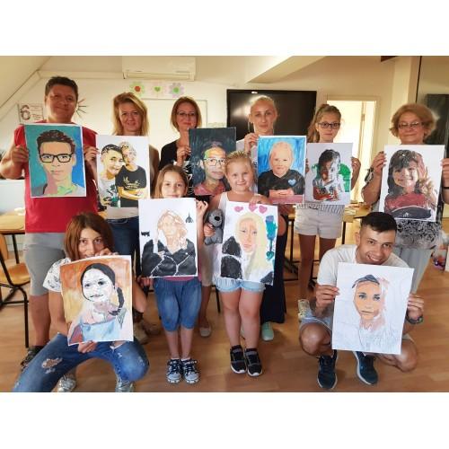 Нарисувахме портрети на любимите си хора :)